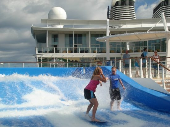 FlowRider en el Allure of the Seas. Foto Gregorio Mayi