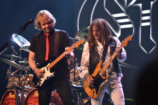 James Young y Ricky Phillips, Styx band. Foto: Gregorio Mayi